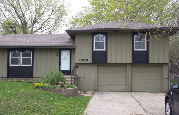 1306 SW Mission Place, Lees Summit, MO